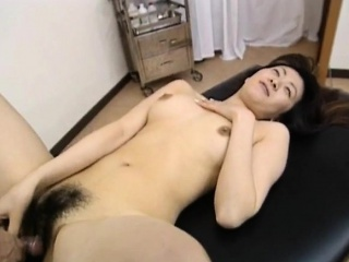Saki Shiina has hairy cunt preconceived and sucks debase phallus