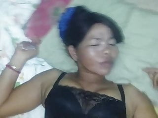 Asian mammy pussy going to bed