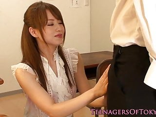 Queening japanese teen..