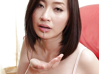 Japanese housewife Ami..